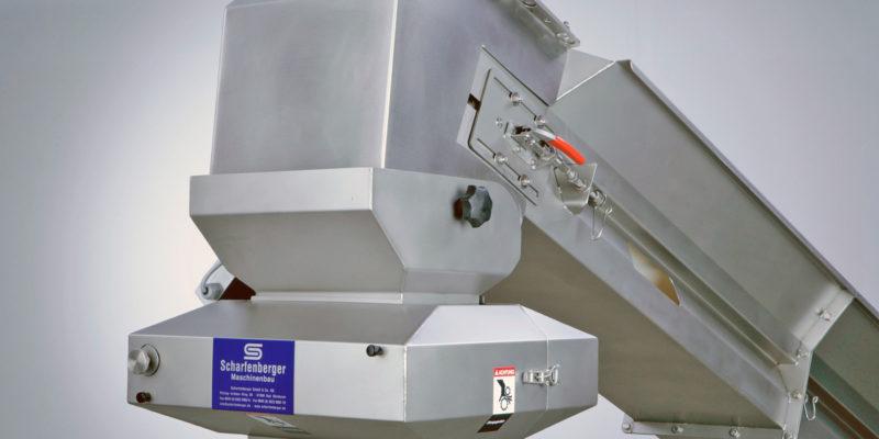 Scharfenberger Incline Conveyor Belt with grape crusher