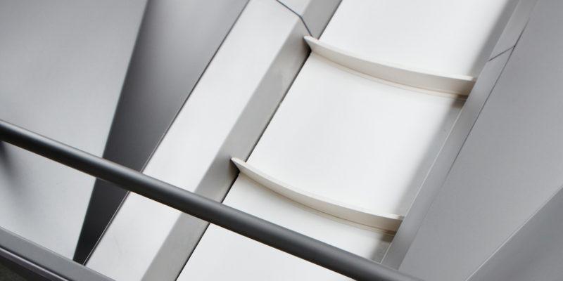 Scharfenberger Incline Conveyor Belt